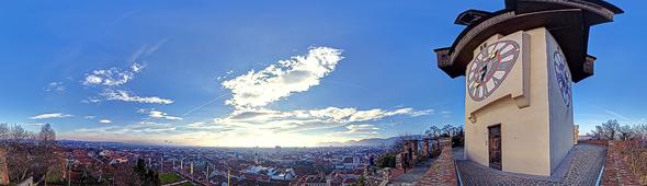 Graz, Vor dem Uhrturm auf dem Schloßberg, 360 Grad Panorama